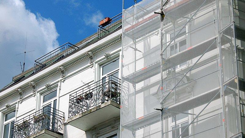 Sonderabschreibung: Investoren und Eigennutzer werden auch für die Sanierung unterschiedlich belohnt
